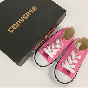 Converse • Pink Shoes